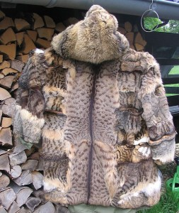 Hunters_jacket,_cat_-fur_skin_lining_(1)