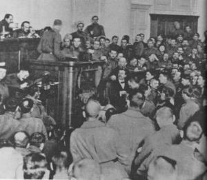 Vorbild an Entschlossenheit: Petersburger Sojat, 1917