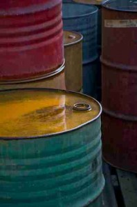 512px-Colorful_Old_Oil_Barrels