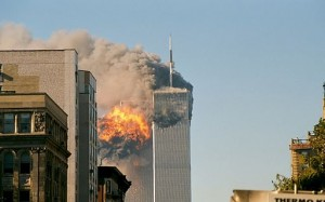 512px-UA_Flight_175_hits_WTC_south_tower_9-11A