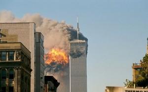 512px-UA_Flight_175_hits_WTC_south_tower_9-11A