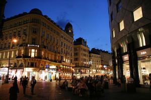 512px-Sttephanplatz,_Graben,_Vienna,_Austria