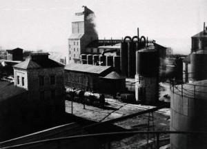 Kohtla-Järve_Shale_Oil_Extraction_Plant_(1937)