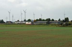 1024px-Uetersen_Windpark01c
