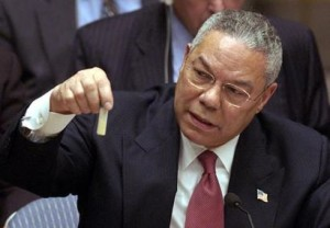 Colin_Powell_anthrax_vial._5_Feb_2003_at_the_UN
