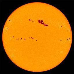 Sunspots_on_sun